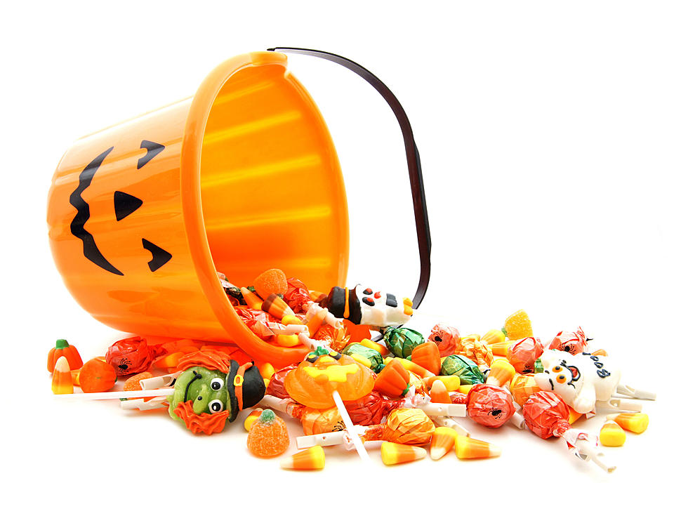 halloween candy safety tips for moms and dads